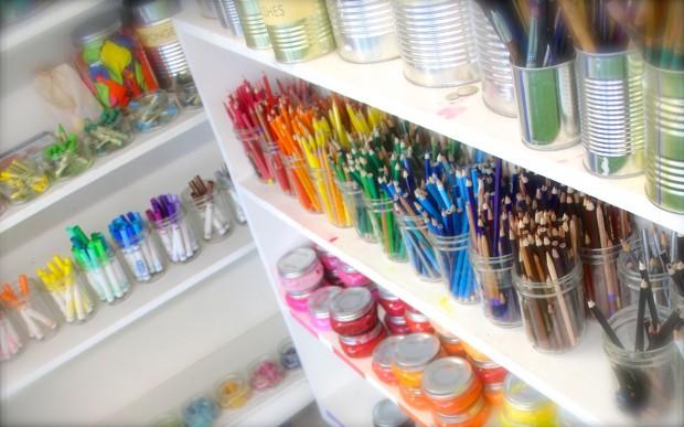 HANDMAKERY art supplies