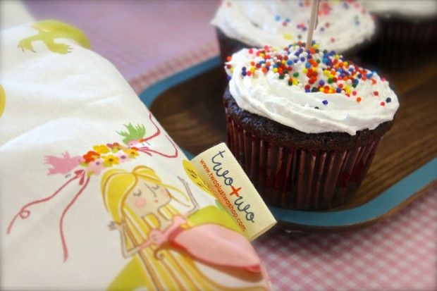 HANDMAKERY cupcake two+two