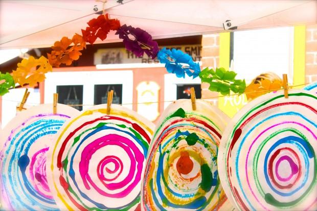HANDMAKERY spin art under tent