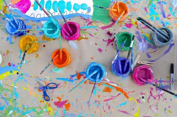 outdoor art studio | www.handmakery.com/blog